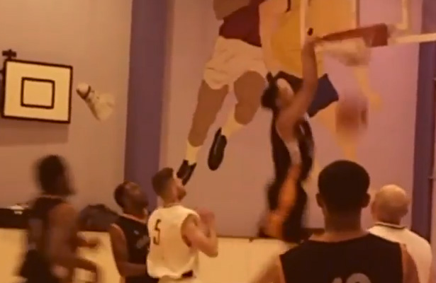 kamen smith basketball dunk