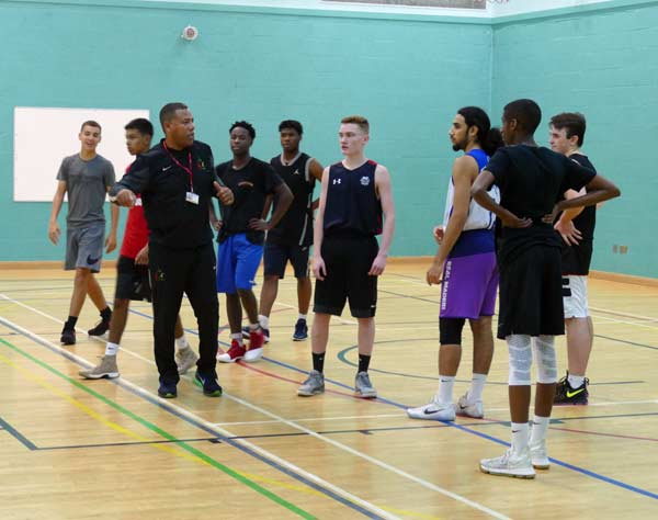 karl-brown-leicester-warriors-u18s-training