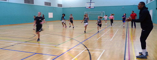 Leicester-warriors-girls-basketball-training-gateway-college-warmup