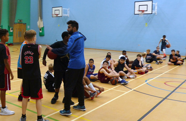 U12s-training-Nottinghamshire-Basketball-League