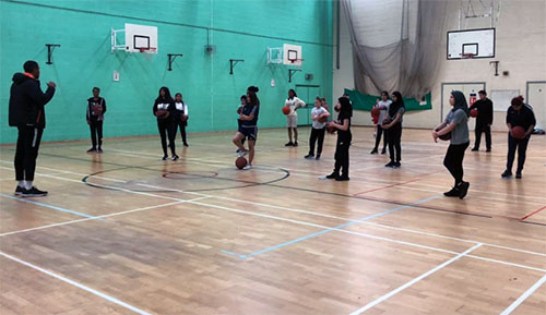 coach reuben walker leicester warriors girls training basketball england